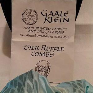 Gaale klein hand painted silk ruffle Comb for hair